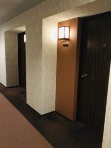 ホテル花巻の室内