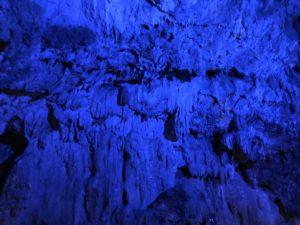 岩手県の龍泉洞